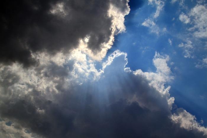 clouds-1160957_960_720